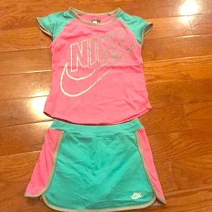 Nike Girl's 6x outfit